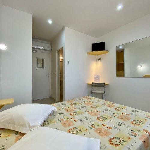 Chambre standard de l'Hôtel Myriam à Vias-Plage (34)
